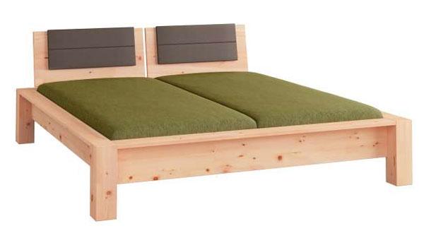 das zirbenbett eine wohlf hloase aus zirbenholz. Black Bedroom Furniture Sets. Home Design Ideas